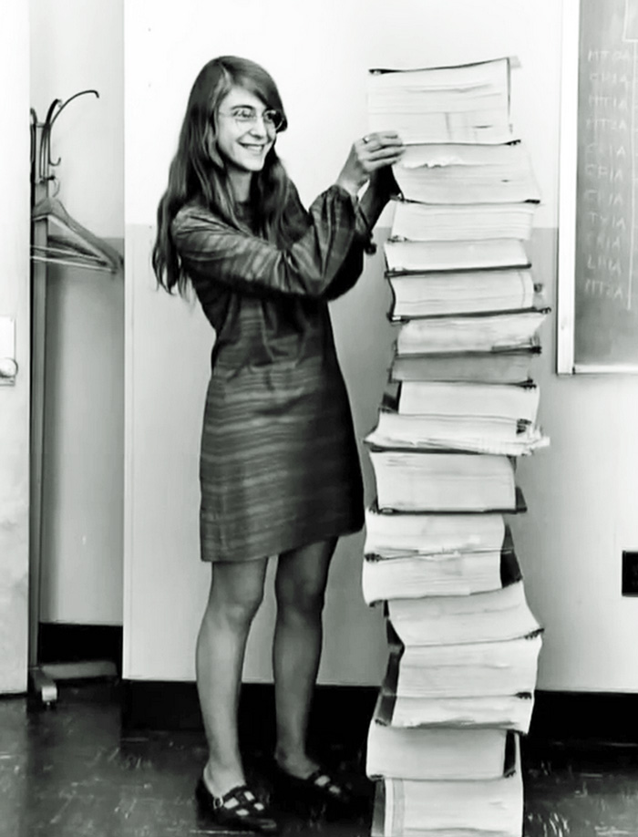 Margaret Heafield Was A Director Of Software Engineering For Nasa's Apollo Space Program (1969)